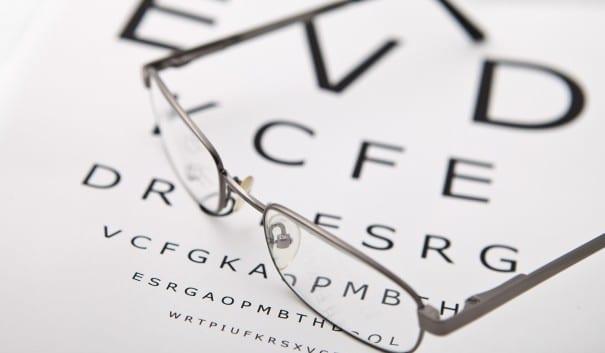 Bild på ett par glasögon