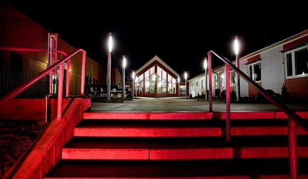 Bild på entrén till Hultsfreds gymnasium